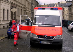 Ambulance in front of the Blindow-Akademie